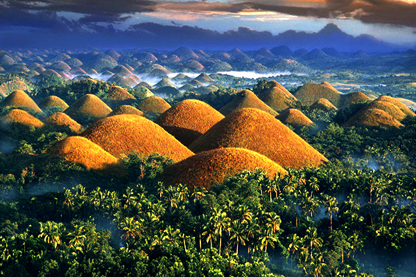 chocolate hills filippine